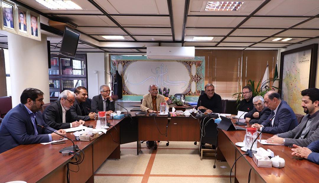 هم اندیشی سرپرست دانشگاه علوم پزشکی شیراز با رؤسا و مدیران بیمارستان های خصوصی شیراز